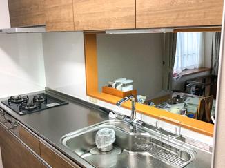 キッチンリフォーム グレードをひとつ上げ高級感があり満足いくキッチンに