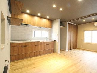 戸建フルリフォーム 2階に水廻りを新設して過ごしやすい2世帯住宅に