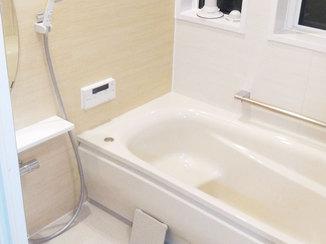 バスルームリフォーム お部屋の印象を明るく変えた水廻りと室内のリフォーム