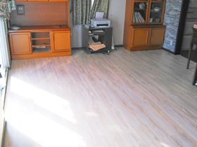 内装リフォーム冬はあたたかく、夏はひんやり快適に過ごせる床暖房&フローリング