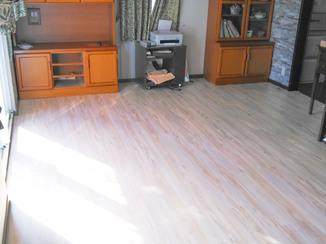 内装リフォーム 冬はあたたかく、夏はひんやり快適に過ごせる床暖房&フローリング